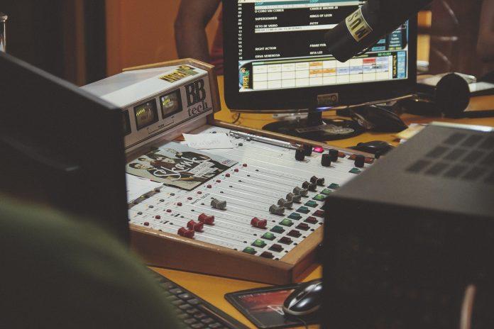 Jurusan Broadcasting: Mata Kuliah yang Dipelajari Hingga Prospek Karier